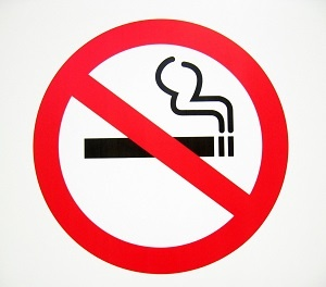 Tomar conciencia del efecto del tabaquismo sobre la Artritis Reumatoide puede ser motivación suficiente para que estos pacientes dejen de fumar